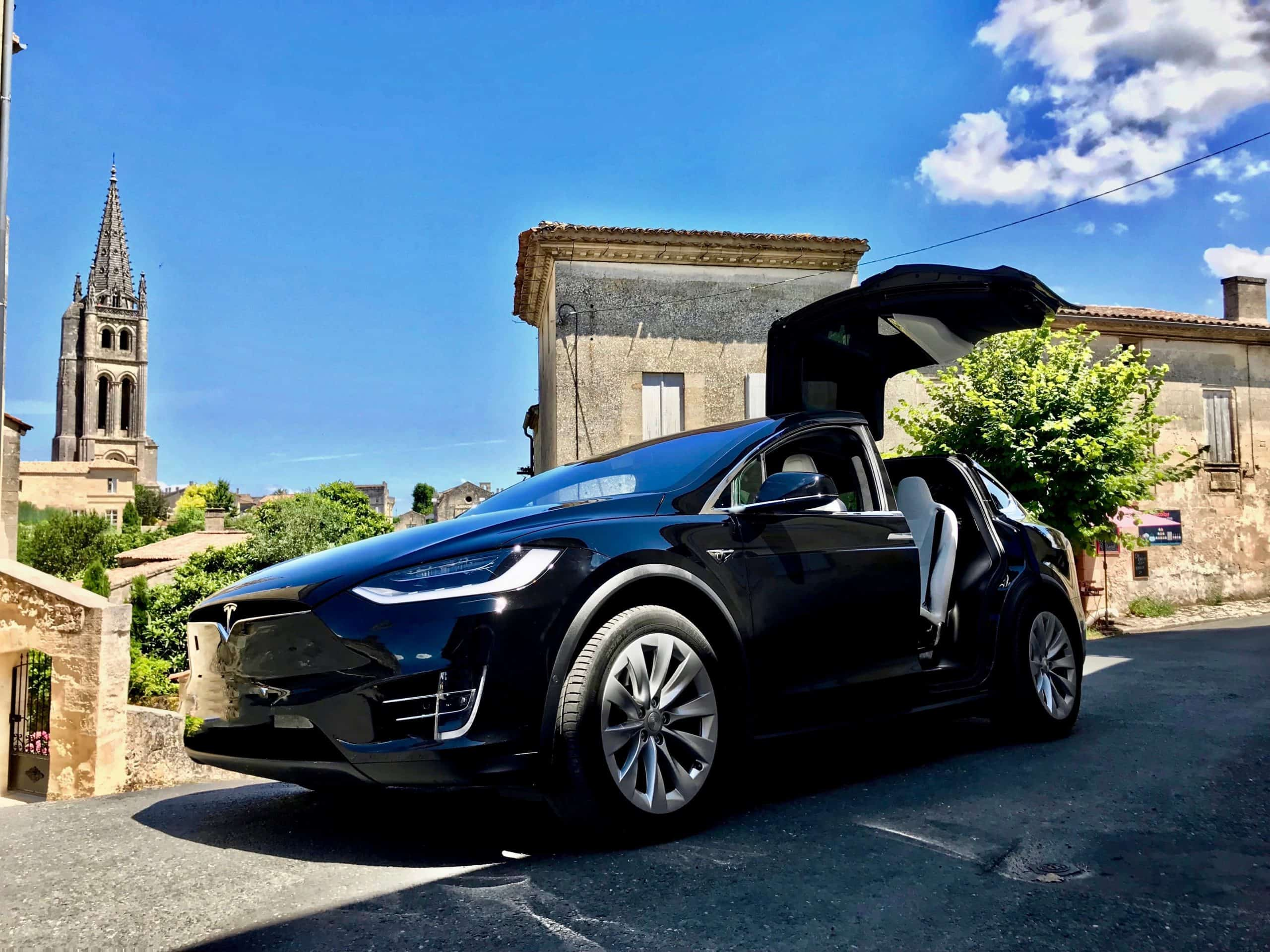 Tesla Model X for high-end transfers to St Emilion from Bordeaux